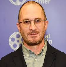 Director Darren Aronofsky Spotted Without Scarf: PHOTO