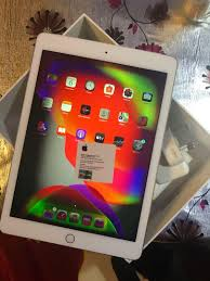 iPad Air 2 64 GB Cellular (Faulty->Description) , Mobile Phones & Tablets,  Tablets on Carousell