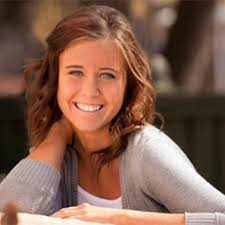 Rachel Covey Bio - Born, age, Family, Height