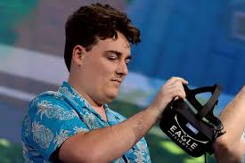 Oculus founder Palmer Luckey is leaving ...