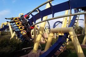 theme park annual p payment programs