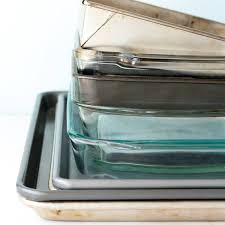 glass bakeware and when to use metal