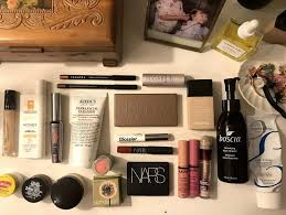 beauty essentials for travel makeup