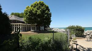 In Denying Yu Darvish Tall Fence Around His Home Evanston Official Says Celebrities Shouldn T Get Special Treatment Chicago Tribune