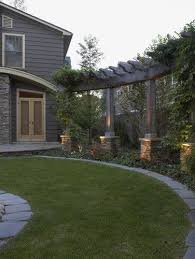 Privacy For The Backyard Add A Pergola Separately But With Style To Add Height Plant Vines To Cover A Backyard Contemporary Landscape Backyard Landscaping