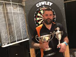DARTS: Adam Bowman claims first singles title | Oxford Mail