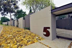 Modern House Entrance Wall Decoist Fence Design Boundary Walls Fence Gate Design