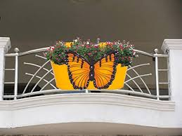 Lighter House Embossed Butterfly Design Big Size Iron Rust Proof Balcony Railing Flower Pots Planters Fence Bucket With Detachable Hooks For Hanging Assorted Colour Amazon In Home Kitchen