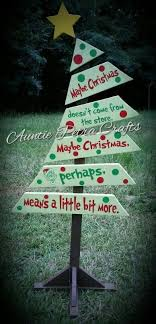 Pin by Ada Fisher on Pallet projects | Pallet christmas tree, Pallet  christmas, Grinch christmas party