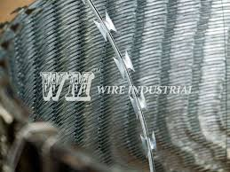 Concertina Razor Barbed Wire Security Fence Topping Wm Wire Industrial
