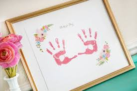 5 diy mother s day gifts baby print