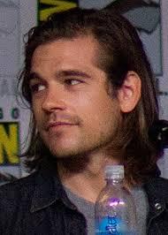 Jason Ralph - Wikipedia