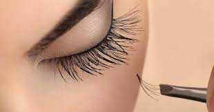 eyelash extensions are they safe