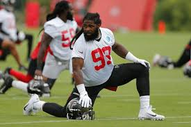 Browns sign Adrian Clayborn to 2-year, $5.75 million free-agent ...
