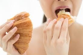 Image result for gambar orang makan roti