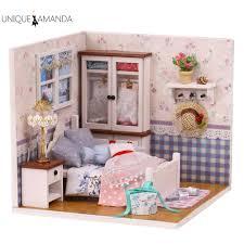 Mua online những ngôi nhà núp bê xinh xắn cho bé tại Lazada.vn
