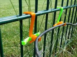 Cable Hooks For Solid Wire Fence Instructables
