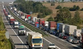 Dopravci kritizují západní kolegy kvůli minimální mzdě i povinným návratům    E15.cz