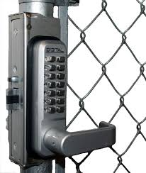 Gb2985 Linx Chainlink Gate Box For 2985 2930 And 2945 Locks Gate Locks Outdoor Gate Chain Link Fence Gate