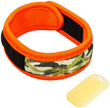 Evergreen Z Fence All Natural Deet Free Mosquito Repellent Neoprene Wearable Active Band With 2 Refill Tablets In Camouflage Amazon Co Uk Garden Outdoors