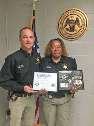 Clay County officer recognized for good deed - The Dispatch