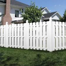 Freedom Actual 5 83 Ft X 5 68 Ft Pre Assembled Shadowbox White Vinyl Dog Ear Vinyl Fence Panel Lowes Com In 2020 Vinyl Fence Panels Vinyl Fence Fence Styles