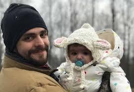 Thomas Rhett Doesn't Understand How His Daughter Looks Just Like ...