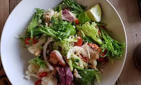 I ate] Thai seafood salad : food