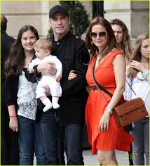 John Travolta & Kelly Preston: Paris ...