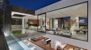 stunning modern glass houses that