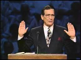 10 YEARS AGO ADRIAN ROGERS WENT TO GLORY BUT HIS SERMONS ARE STILL SHARING  CHRIST LOVE TODAY!!! | The Daily Hatch