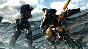 TRANSFORMERS - L'ULTIMO CAVALIERE di Michael Bay - Optimus Prime ...