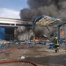 Esplosione in fabbrica a Ottaviano, morto operaio 55enne. Due ...