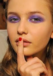 summer makeup trend bright eyeshadow