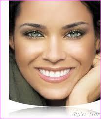 natural makeup for green eyes star
