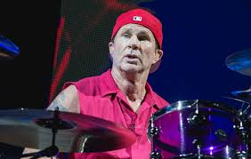 "Red Hot Chili Peppers' Chad Smith praises Detroit as ""the best"" following  emotional hometown show 