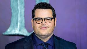 How I'm Living How: Josh Gad, Actor, Writer and Producer ...