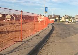 9 5 6ft Mesh 2 X4 X9ga Diameter Canada Standard Ral 2004 Orange Color Temporary Fence For Commercial Build Construction