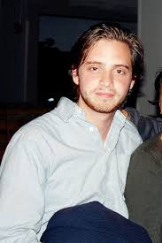 Aaron Stanford - Celebrity biography, zodiac sign and famous quotes