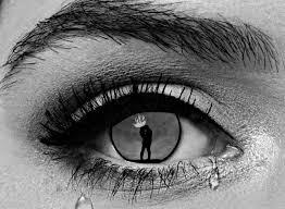 خلفيات عيون تبكي