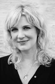 Abby White: Award-Winning Journalist + Author