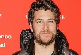 Adam Pally in 'Making History' — Fox's Time Travel Comedy Pilot ...