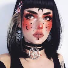 moon witch makeup idea for halloween