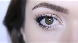 eyes look bigger themakeupchair