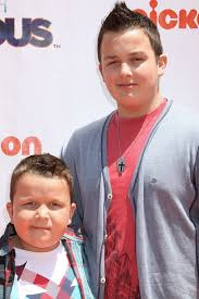 Noah Munck and his brother Ethan at the Nickelodeon iPARTY WITH ...