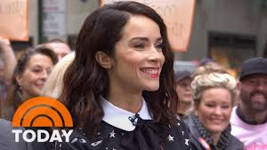Abigail Spencer Plays Time-Traveling Professor On 'Timeless ...
