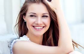 صور بنات بتضحك ابتسامه بنات جميله صباح الورد