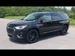 2019 chevy traverse premier red line