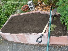 materials for raised garden bed walls
