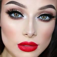 makeup ideas to go with a black dress